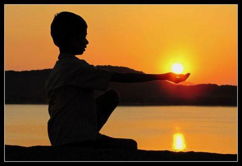 CE ESTE PUTEREA - Iubirea este forţa care te pune în mişcare